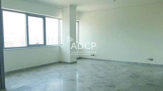 شقة 4 غرف نوم للايجار في الخالدية، أبوظبي - Ready to Move in   Fully Equipped Kitchen   No Commission