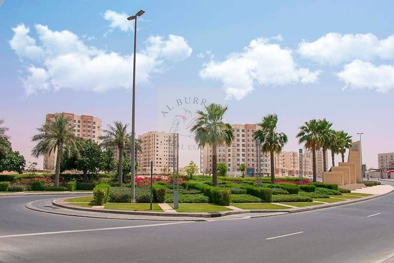 1 Bed with balcony for rent in qpoint Liwan