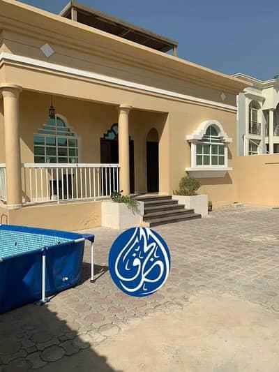 3 Bedroom Villa for Rent in Al Mowaihat, Ajman - Villa for rent in Ajman Al Rawda 2 In front of a mosque
