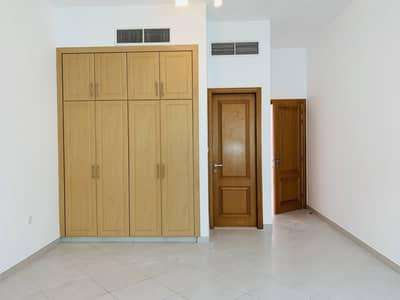 No Commission | Lavish 3 BR + Maid Room Villa | Close to La Mer Beach