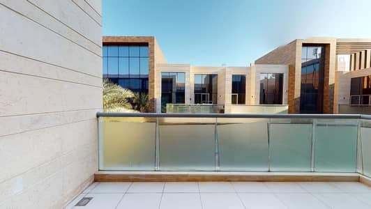 2 Bedroom Apartment for Rent in Jumeirah, Dubai - Half Commission | Spacious | Community Views