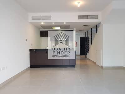 فیلا 3 غرف نوم للايجار في الريف، أبوظبي - Single Row | with balcony and extended garden | 110k