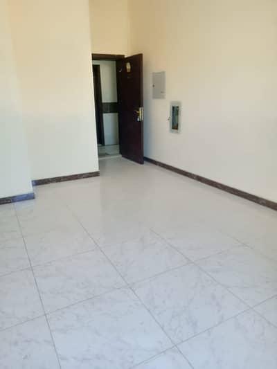 شقة 1 غرفة نوم للايجار في عجمان الصناعية، عجمان - شقة في عجمان الصناعية 1 عجمان الصناعية 1 غرف 18000 درهم - 4952844