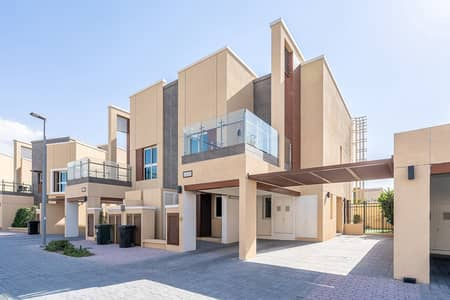 3 Bedroom Villa for Rent in Al Barsha, Dubai - Gated Community | Vacant on January | Modern Style