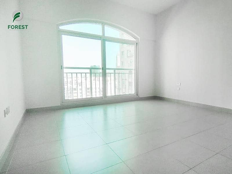 Full Canal View | Spacious 2BR Apt | Mid Floor