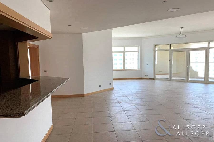 2 Priced to Rent | Unfurnished | Large 3 Bed