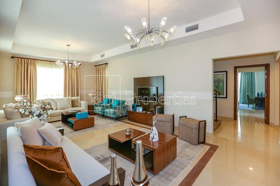 Large Plot   Elegant 5 BR Villa   Rahat