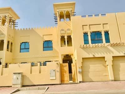 High quality 4bedroom plus maid  villa for rent in  Umm Suqeim 1