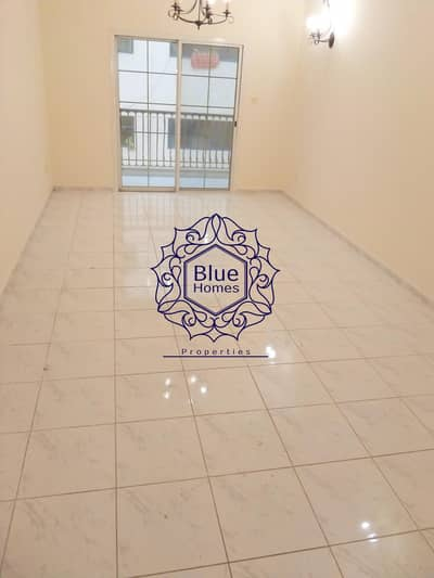 فلیٹ 2 غرفة نوم للايجار في بر دبي، دبي - Prime Location Chiller A.C Free 2BHK Only 60K