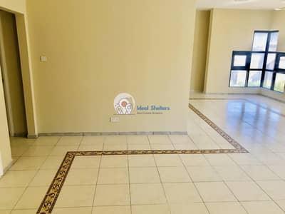 فلیٹ 2 غرفة نوم للايجار في بر دبي، دبي - CLOSE TO LAMCY 2 BHK 1700 SQFT!! W_3 BALCONIES_KIDS PLAY AREA IN 55K