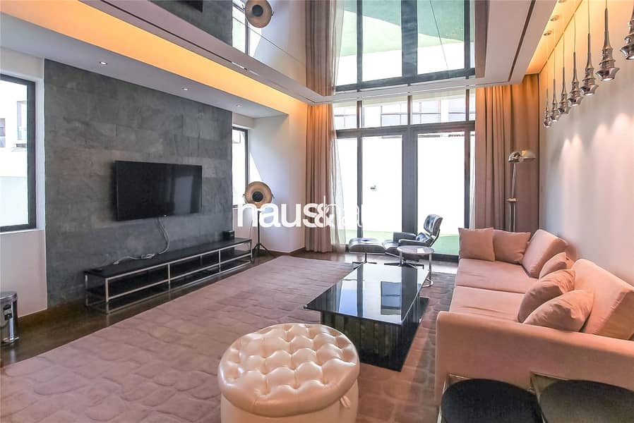 Brand New THH   Fully Furnished by Paramount