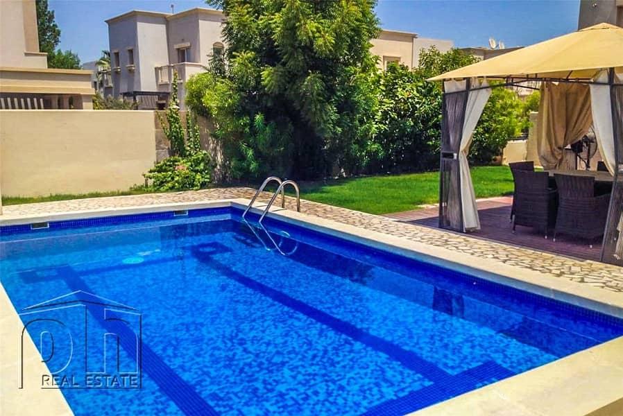 End Corner Large Plot | Private Pool | 3E
