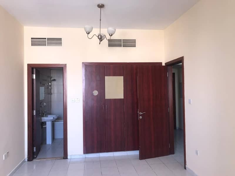 2 England Cluster!! 1 bedroom for Sale in Y Block