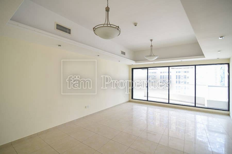 Large 2Bedroom Chiller free near park/lake JLT