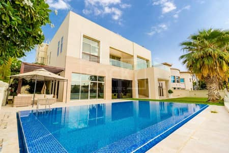 6 Bedroom Villa for Rent in Emirates Hills, Dubai - Luxury 6 Bed Mansion | Stunning Lake View | Furnished