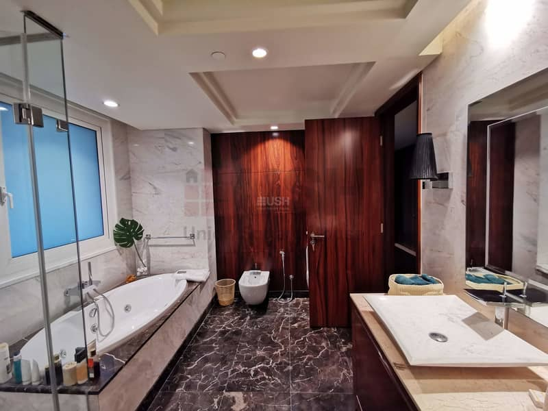 16 Fully Upgraded and Furnished 4Br Penthouse