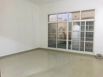 استوديو  للايجار في المطار، أبوظبي - studio very clean no commission with tatweeq