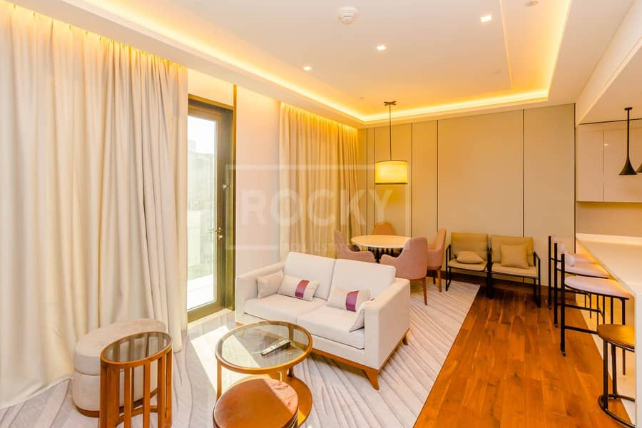 2 Upgraded Interiors | Fully Furnished | 1-Bed