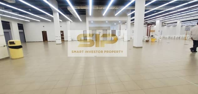 Floor for Rent in Al Saja, Sharjah - Brand New Hypermarket for Rent