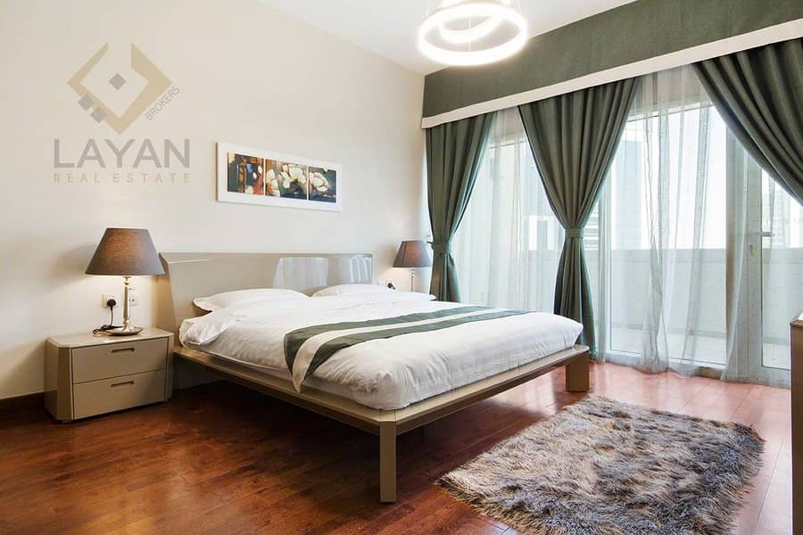 Fully furnished & specious terrace Apartment / Hotel standards