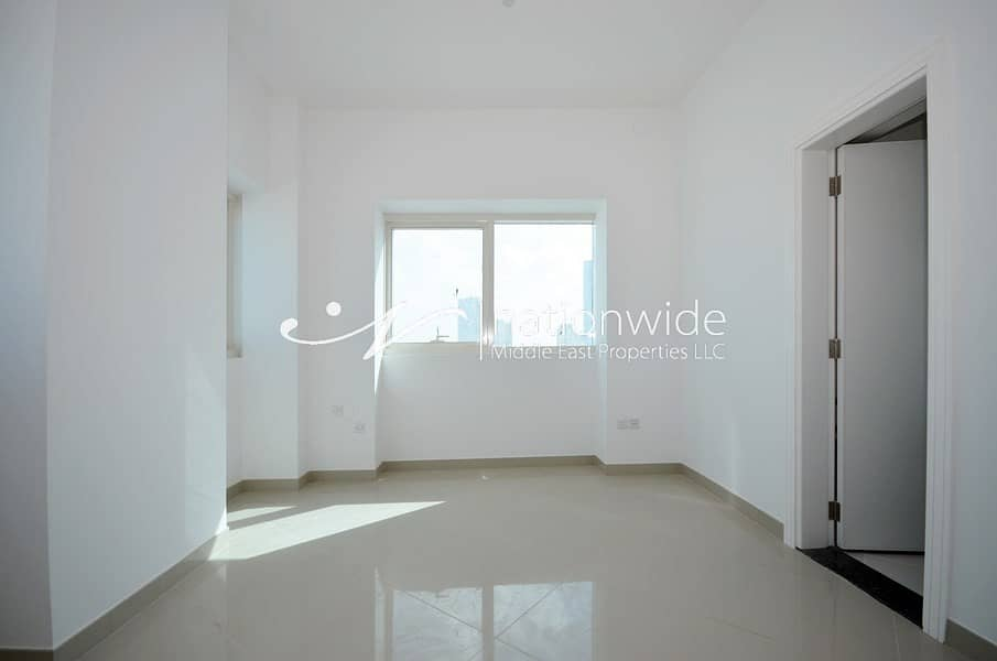 2 Hot Price! A Unit w Balcony & Secured Car Parking
