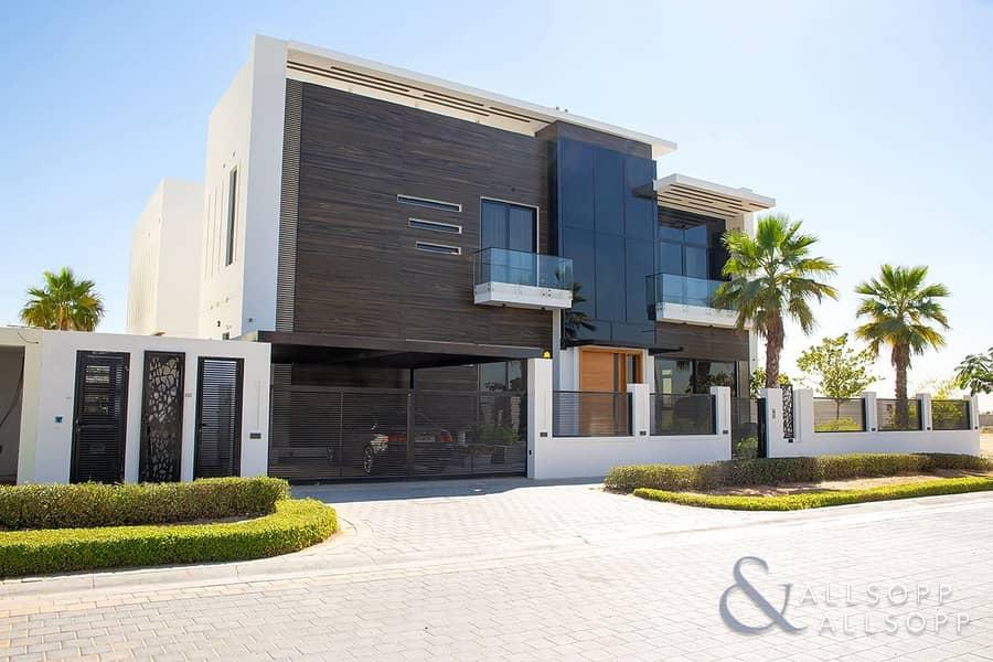 10 Luxury Custom Park Backing Villa | 5 Beds