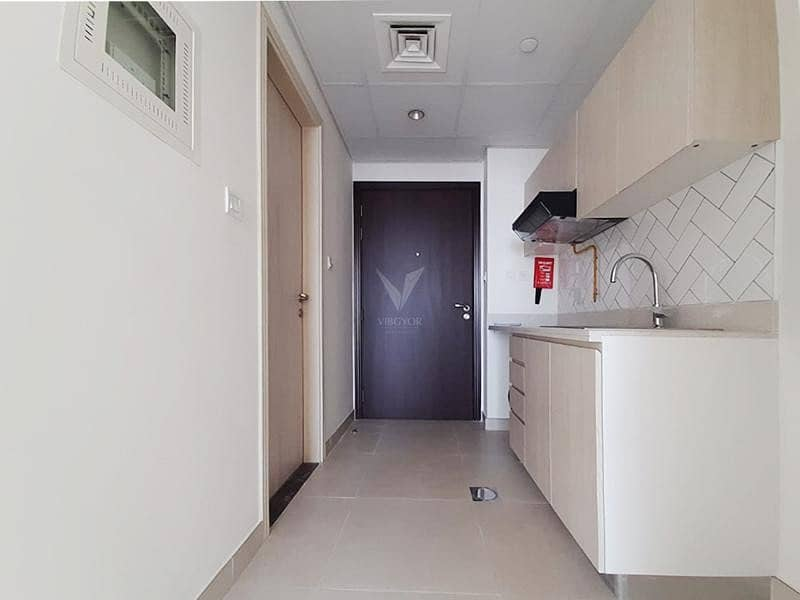 2 Vacant Studio | Good Location  | Brand New