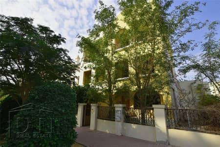 تاون هاوس 5 غرف نوم للايجار في قرية جميرا الدائرية، دبي - Enormous | Multi-Level | Available Now
