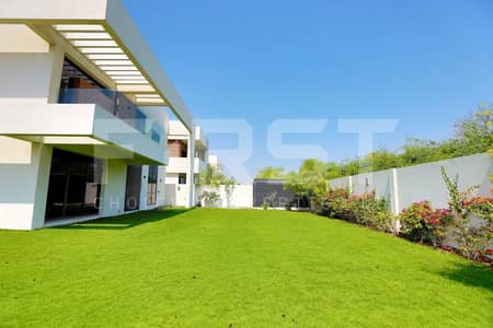 5 Bedroom Villa for Rent in Yas Island, Abu Dhabi - Vacant Now!Superb Villa Awesome Amenities!