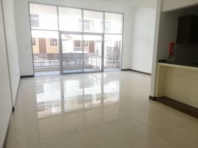 شقة 2 غرفة نوم للايجار في قرية جميرا الدائرية، دبي - شقة في فلل مايرا قرية جميرا الدائرية 2 غرف 65000 درهم - 4816310