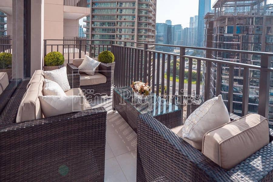 11 Fully Furnished | Balcony | Mid Floor | Vacant