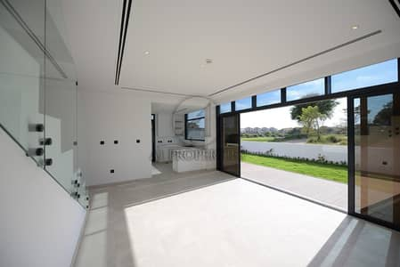 Modern 4 Bedrooms Plus Maid Garden View For Sale