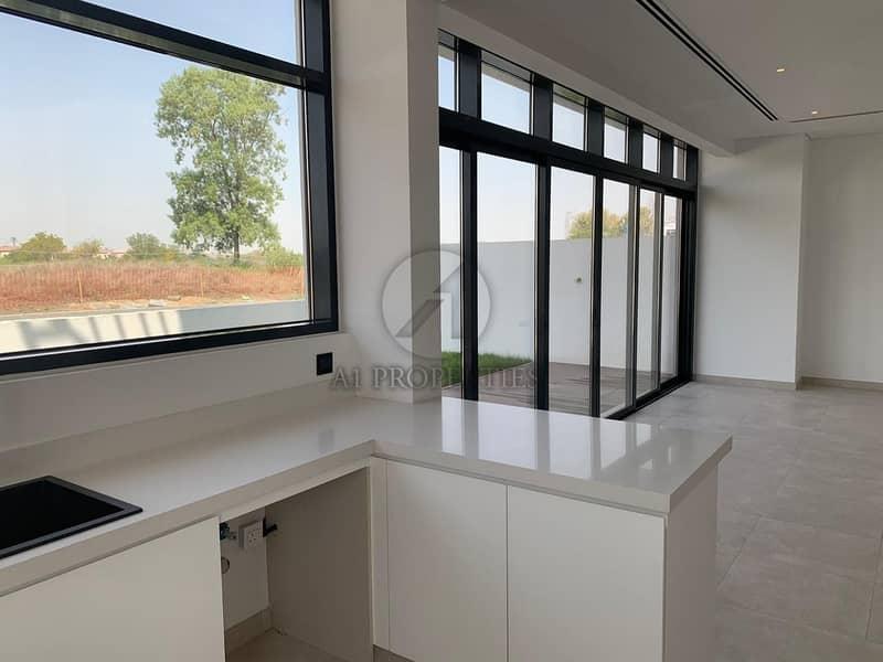 2 Modern 4 Bedrooms Plus Maid Garden View For Sale