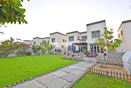 3 Bedroom Villa for Rent in Jumeirah Park, Dubai - Available March | Extended | Well Maintained