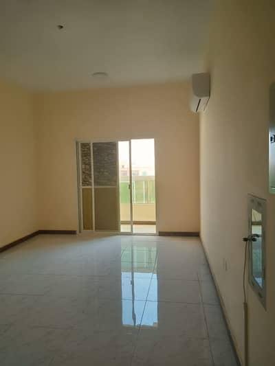 فلیٹ 1 غرفة نوم للايجار في عجمان الصناعية، عجمان - شقة في عجمان الصناعية 1 عجمان الصناعية 1 غرف 17999 درهم - 4956573