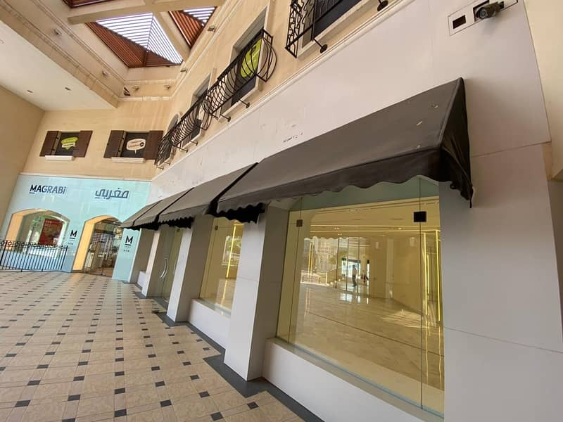 10 Retail Shop Available for Rent  on Prime Location in Jumeirah 1
