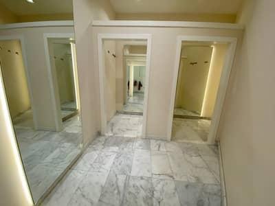 محل تجاري  للايجار في جميرا، دبي - Retail Shop Available for Rent  on Prime Location in Jumeirah 1