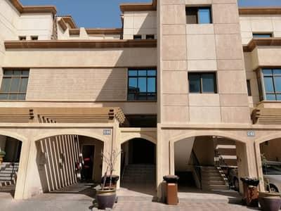 فیلا 3 غرف نوم للايجار في البطين، أبوظبي - Main