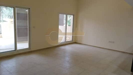 2 Bedroom Apartment for Rent in Remraam, Dubai - Huge Terrace | 2bed | Open Kitchen | Rent