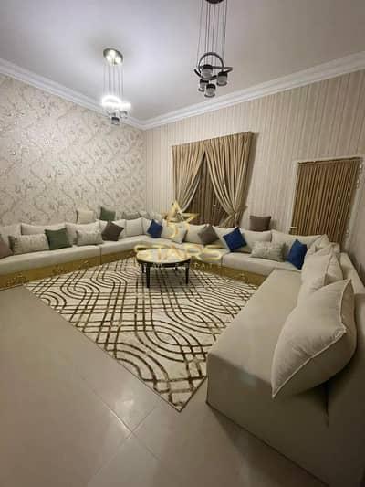 فیلا 4 غرف نوم للبيع في الرفاع، الشارقة - Huge Villa for Sale | Rifa'a Area | 4 Bedroom + Separate Maids Room | Negotiable