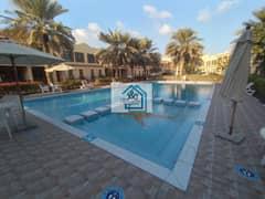 فیلا في شارع السلام 4 غرف 175000 درهم - 4957491