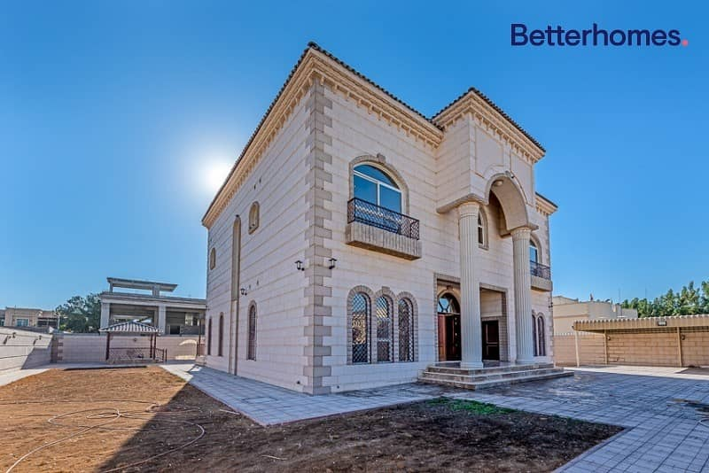 5 Beds | Brand New | Custom Built | Classic