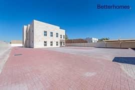 Independent 4 bedroom villa in Al Mizhar 2