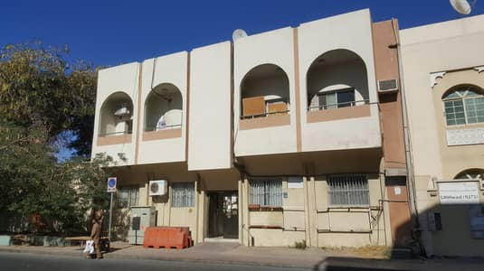 3 Bedroom Apartment for Rent in Deira, Dubai - NIC 3 BHK + STORE + CLOSE KITCHEN  ONLY 55K