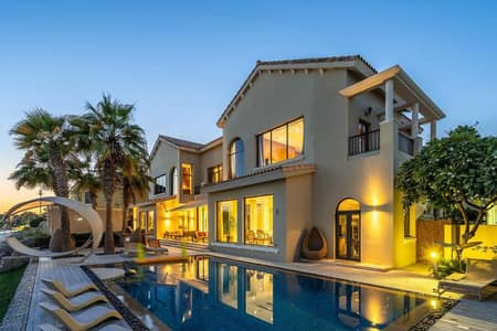 4 Bedroom Villa for Rent in Palm Jumeirah, Dubai - Beachfront Mansion | Huge Layout | Private Pool