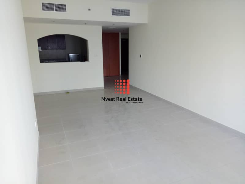 2 Spacious I 1 Bedroom I Middle Floor