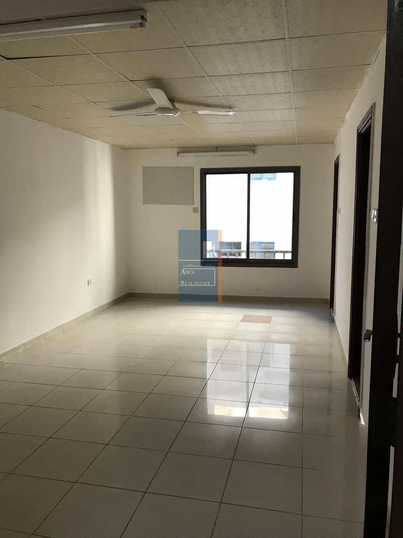 SPACIOUS STUDIO WITH BALCONY AVAILABLE  IN DEIRA AL MURAR FOR  EXECUTIVES-TWO MONTHS FREE