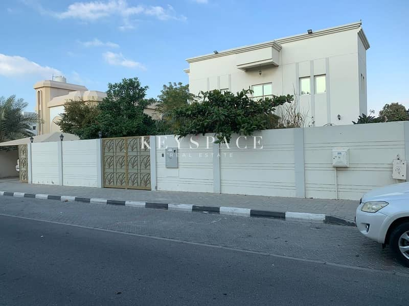 High Quality - Ideal Location - Massive Villa for Rent