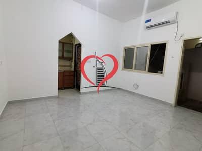 Studio for Rent in Al Khalidiyah, Abu Dhabi - Neat & Clean Studio | Khalidiya | 2700 AED Monthly