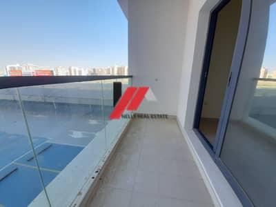 فلیٹ 2 غرفة نوم للايجار في ند الحمر، دبي - Brand New 1 Month Free 2 BHK With Balcony Wardrobes Master Rooms In Nad al Hamar